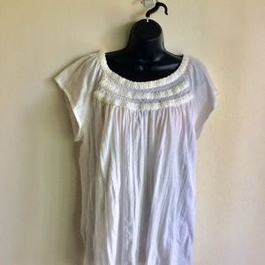 RXB White Sleeveless Top Yarn Decoration Size XL